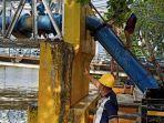 pipa-utama-selesai-diperbaiki-di-jembatan-dewi-kota-banjarmasin-kalsel-selasa-22062021.jpg