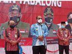 pj-gubernur-kalsel-safrizal-sa-saat-hadiri-pencanangan-gerakan-sejuta-masker-jilid-ii-di-tabalong.jpg