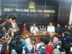 pp-muhammadiyah-beserta-tim-forensik-dan-komnas-ham-menggelar-konferensi-pers_20160411_153836.jpg