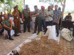 praktik-pembuatan-pupuk-organik-pertanian-d.jpg