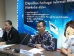 presiden-direktur-airasia-indonesia-sunu-widyatmoko-tengah.jpg