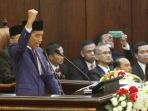 presiden-indonesia-joko-widodo-didampingi-wakil-presiden-jusuf-kalla_20180817_063850.jpg