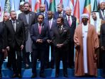 presiden-joko-widodo-dan-kepala-negara-muslim-anggota-oki_20171213_212725.jpg