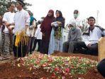 proses-pemakaman-imam-muflih-rrdhatullah.jpg