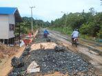 proyek-pekerjaan-peningkatan-jalan-tanjung-seloka-berangas-kabupaten-kotabaru-kalsel-18082021.jpg