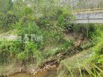 proyek-siring-atalaut-yang-ambruk-di-kecamatan-bungur-kabupaten-tapin-kalsel-27032021.jpg
