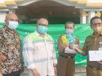 pt-indonesia-bulk-terminal-pt-ibt-serahkan-1000-paket-kesehatan-kepada-sekda-kotabaru-said.jpg