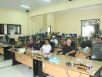 rapat-paripurna-di-dprd-kabupaten-hst-minggu-25112018.jpg
