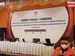 rapat-pleno-terbuka-kpu-tentang-penetapan-gubernur-dan-wakil-gubernur-kalsel-rabu-04082021.jpg