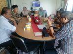rapat-yang-dipimpin-ketua-dewan-masjid-indonesia-dmi_20180809_192828.jpg