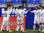 raphael-varane-huesca-vs-real-madrid-liga-spanyol-laliga.jpg