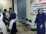 rapid-test-antigen-jelang-psu-pilgub-kalsel-di-aula-kantor-kecamatan-banjarmasin-selatan-01062021.jpg