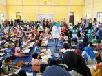 ratusan-anak-ikut-lomba-mewarna-di-aula-kantor-desa.jpg