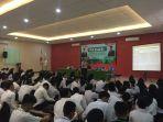 ratusan-mahasiswa-baru_20180903_151446.jpg