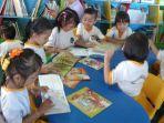 ruang-baca-anak-di-perpustakaan-daerah-perpusda-kalsel_20171208_190902.jpg