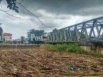 sampah-di-situasi-di-jembatan-pekauman.jpg