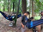 satpol-pp-kota-banjarbaru-dapati-tiga-pasangan-muda-mudi-di-hammock.jpg