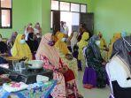 sebanyak-25-warga-mengikuti-pelatihan-mengolah-makanan-di-daha-utara-kabupaten-hss-09062021.jpg