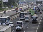 sejumlah-kendaraan-melintasi-tol-jorr-jakarta-outer-ring-road-menuju-tol-jakarta-cikampek.jpg