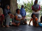 sejumlah-korban-terdampak-gempa-di-lombok_20180829_094104.jpg