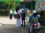sekolah-di-sampit-kabupaten-kotawaringin-timur-1.jpg