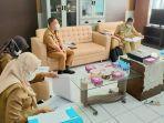 sekretaris-daerah-kabupaten-kapuas-drs-septedy-msi-pimpin-rapat-pembahasan-raperbup.jpg