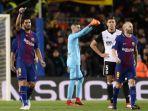 selebrasi-penyerang-fc-barcelona-luis-suarez_20180202_064454.jpg