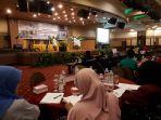 seminar-hasil-praktik-kerja-lapangan-pkl-para-mahasiswa-angkatan-2015_20180421_100246.jpg