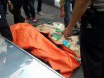 sesosok-mayat-pria-ditemukan-dalam-kondisi-mengambang_20170129_155136.jpg