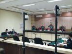 sidang-pertama-dugaan-korupsi-proyek-wc-kabupaten-hsu-di-pengadilan-tipikor-banjarmasin.jpg