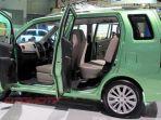 sosok-karimun-wagon-r-3-baris-sudah-diperkenalkan-di-iims-2013-lalu_20170208_155051.jpg