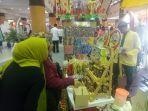 stand-pameran-produk-umkm-syariah-fesyar-kti-2019-di-duta-mall-banjarmasin.jpg