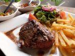 steak-daging-sapi-dari-restoran-el-asador_20170517_164811.jpg