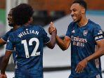 striker-arsenal-asal-gabon-pierre-emerick-aubameyang-kanan-merayakan-gol.jpg
