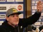 striker-legendaris-tim-nasional-argentina-dan-napoli-diego-maradona_20180618_223829.jpg