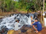 suasana-di-objek-wisata-air-terjun-janda-beranak-tiga-desa-kiram-kabupaten-banjar-kalsel-07022021.jpg