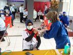 suasana-kegiatan-vaksinasi-di-rumah-tahanan-kelas-iib-kandangan-kabupaten-hss-kalsel-09032021.jpg