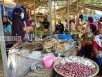 suasana-pasar-manuntung-berseri-di-kota-pelaihari-kabupaten-tala-rabu-09062021.jpg