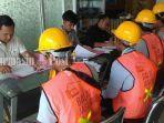suasana-pembukaan-uji-sertifikasi-tenaga-kerja-kontruksi-di-banjarbaru.jpg