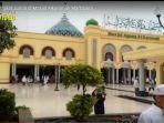 suasana-salat-jumat-di-masjid-agung-alkaromah-martapura.jpg