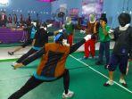 suasana-workshop-pelatih-anggar-di-gedung-jpok-ulm-banjarbaru_20171120_190717.jpg
