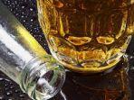 tanda-banyak-minum-alkohol-berikut-ini-sering-buang-air-kecil-hingga-jadi-pemarah.jpg