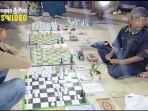 tantangan-tiga-langkah-permainan-catur-di-siring-tendean-banjarmasin.jpg
