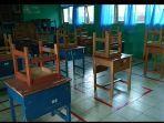 tempat-kursi-di-sekolah-diberi-jarak.jpg