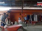 tempat-pembuatan-batako-di-sungaiparing-km-8-desa-stagen-kotabaru-kalsel-07122020.jpg