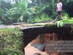 terkikis-beginilah-kondisi-jalan-di-sekitar-jembatan-di-desa-galam-yang-terkikis-akibat-geru.jpg