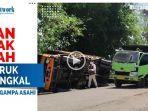 tiga-unit-truk-sarat-muatan-terbalik-dan-satu-unit-truk-lainnya1222.jpg