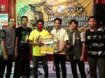 tim-5ot-dari-banjarbaru-juara-mobile-legends-hut-bartcam-ke-5-di-banjarmasin-jumat-16042021.jpg