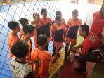 tim-futsal-smkn-2-banjarmasin-mendapat-pengarahan-dari-pelatih_20180126_162543.jpg