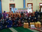 tim-penggerak-pkk-kabupaten-hsu-dan-dharma-wanita-persatuan-foto-bersama-anak-yatim.jpg